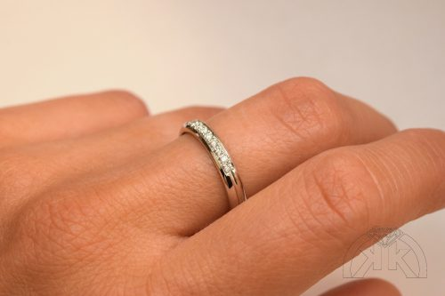 Prsten s diamanty